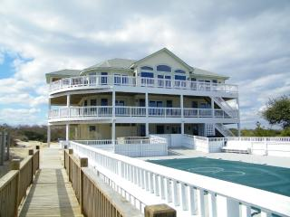 OCEANFRONT 13 B.R. MANSION 'The Fitzgerald', Corolla