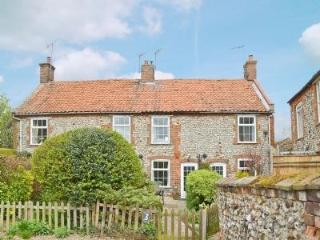 3 CHAPEL COTTAGES, Hunstanton