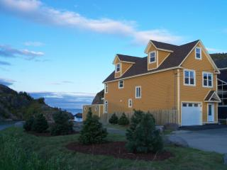 Oceanfront Executive Home in St.John's!!, Raleigh