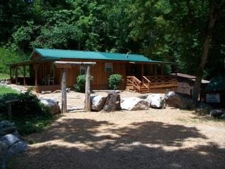 White River Secluded Cabin - Vacation Home, Norfork