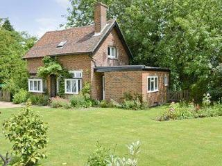 WYSTERIA COTTAGE, Royal Tunbridge Wells