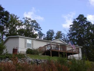 Awesome Views Smoky Mountain Vacation Home, Maryville