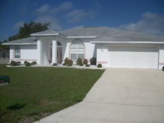 Vacation Rental with heated pool, Port Charlotte