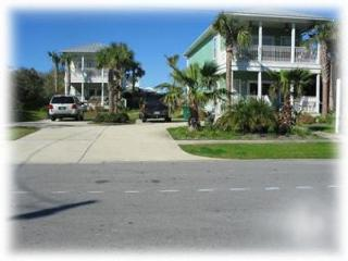 Double Dippin'- 3BR/3BA Houses with Pool, Destin