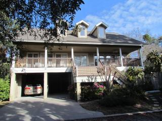 2nd Row, Tropical 7BR/5BA Pool & Hot Tub, Hilton Head