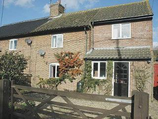 APPLE TREE COTTAGE, Hunstanton
