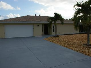 2brm,2btr, house  , 200 yards from the beach, Fort Myers Beach
