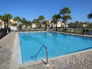 BEAUTIFUL FT MYERS TOWNHOUSE MIN TO BEACHES, Fort Myers