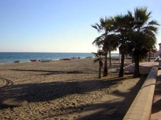 In Sabinillas, small coastal town & lovely beach, San Luis de Sabinillas