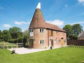 THE OAST HOUSE, Ashford