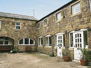 PUFFIN COTTAGE, Seahouses