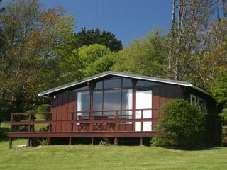 Cedarwood Lodge in the Pembrokeshire countryside, Druidston