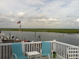 Stunning Dockside Bayfront Family Home in Sea Isle, Sea Isle City