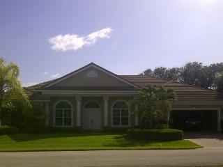 Immaculate designer home in gated community, Vero Beach