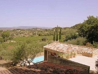 Villa de Tassy, sleeps up to 6,private pool., Bandol
