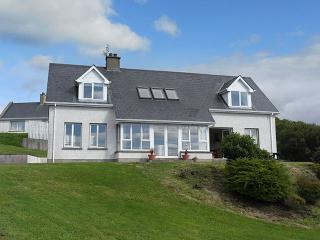 6906 - Mountcharles, Donegal Bay, Killybegs