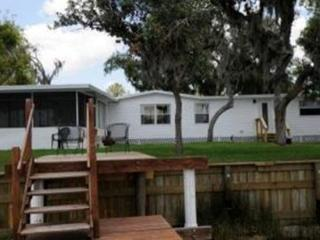 Riverfront Cottage in Ruskin/Sun City