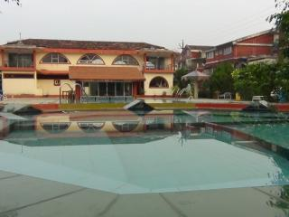 1 BHK Sell Catering Beach Home, Varca