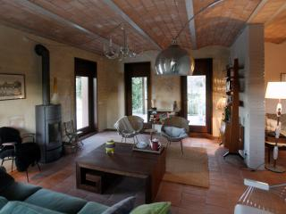 Villa Acquaviva: amazing Tuscan villa with private pool, sleeps 8, Montescudaio
