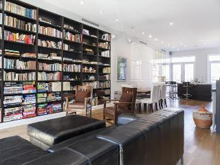 Lincoln place - by Onefinestay, Brooklyn