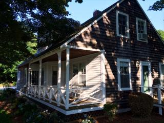 142 Fifth Ave, West Hyannisport