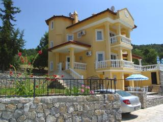 Family Holiday Villa Latona, Yesiluzumlu