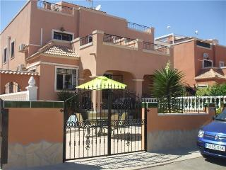 Los Montesinos Family Villa