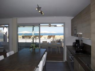 Luxury Apartment -Ground floor, Île-Rousse