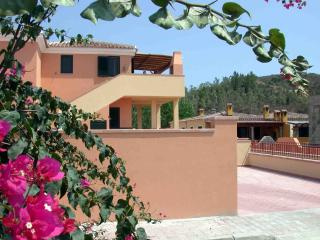 VILLA BOUGANVILLE n. 32, Very nice apartment, Cala Liberotto