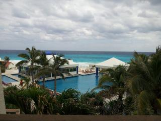 Cancun 'Ocean View Studio' Hotel Zone Only $64.00.