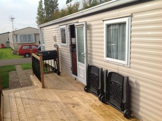 Luxury 2 bed caravan, Bognor Regis