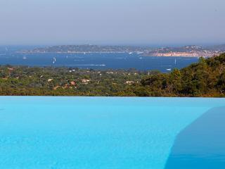 Beautiful Contemporary Villa facing St Tropez, Port Grimaud