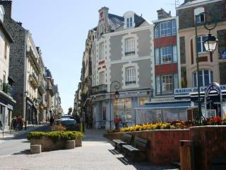 Seaside apartment in Brittany, Dinard