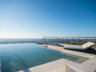 Four Seasons Penthouse, San Lawrenz