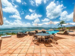 Villa Le Rocher SPECIAL OFFER: St. Martin Villa 259 Spend Tranquil Days On The Limestone Pool Terrace Listening To The Sweet Songs Of Colorful Birds., Terres Basses