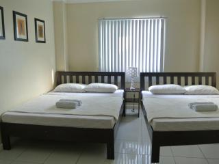 TJ Homestay - Family Room, Cebu City