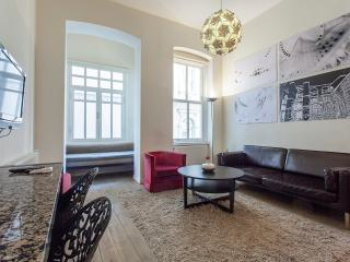 CHIC2 Central Istanbul Flat