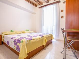 Apartment In The Center Of Old Town, Split