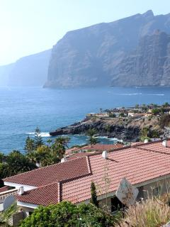 View of Los Gigantes from the Las Rosas resort