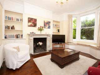 Kew Gardens Apartment, Richmond-upon-Thames
