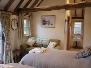 Idyllic country cottage, Biddenden, Kent