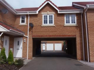 Luxury Town apartment with parking, Chesterfield