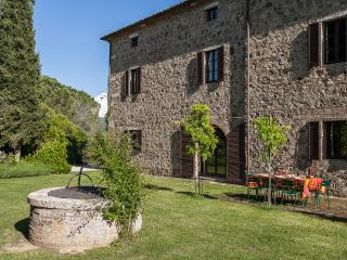 Ancient villa with private pool, Montalcino, Siena