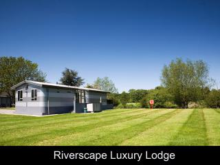 Riverscape Lodge, Tiddington