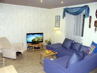 Stylish Apt. Blue, in the heart of Old Town, Bratislava