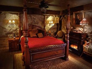 The Gold Miner's Daughter room is the nugget of the Pioneer Suite.