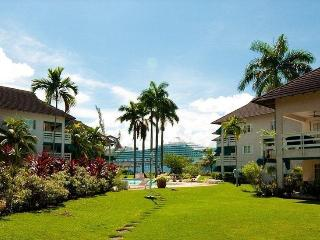 Garden-Sea view  walk to beach incl. housekeeping, Montego Bay