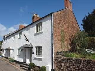 F62 - Bodkin Cottage, Dunster
