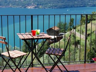 Borgo Verginate lake Como rentals apt 702, Bellano