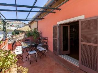 Attic Spanish Steps 3BR 3BA, Rome